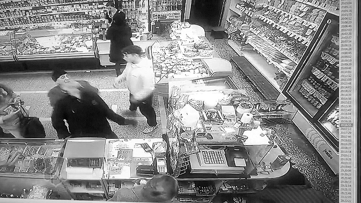 Пенсионер-полицейский  поймал грабителя