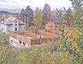 Дом депутата Ильдара Габбасова (по версии соседей) строится неспешно. Торопиться пока некуда