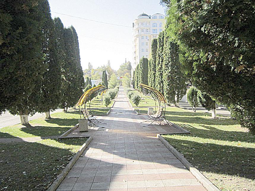 Кисловодск: дача Шаляпина, долина роз и паратанга