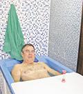 В той самой нарзанной ванне