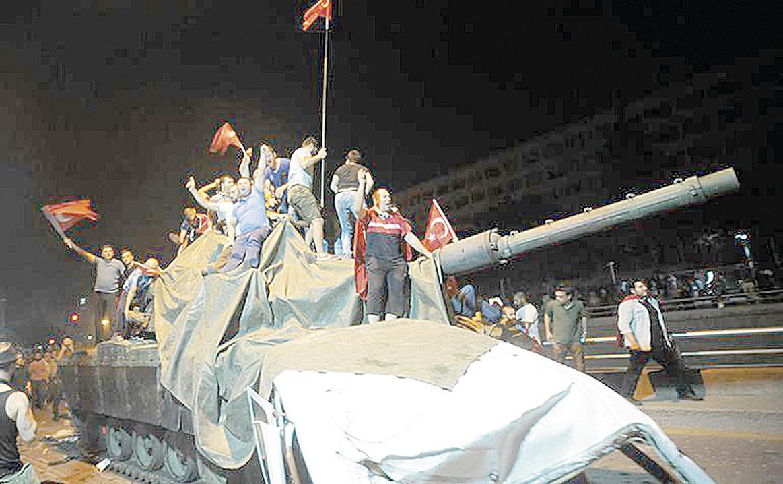 Турецкий путч: «Нам сказали запереться и сидеть тихо, как мыши»