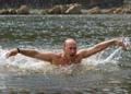 Владимир Владимирович ведёт корюшку на нерест