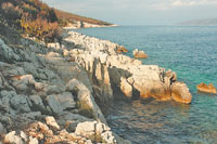 Берега Хорватии получили голубой флаг ЮНЕСКО ещё в 2003 году - за кристальную чистоту воды и экологическую безопасность