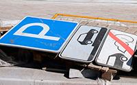 Платные парковки: театр абсурда продолжает гастроли